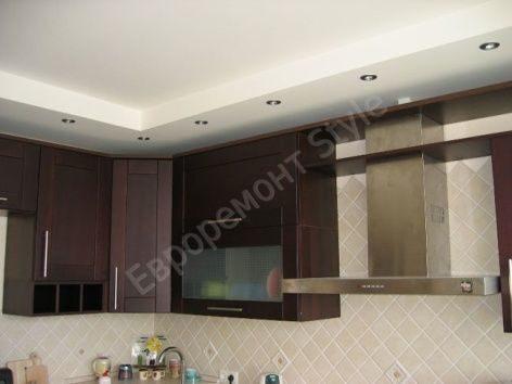 Подвесные потолки из гипсокартона  в кухне